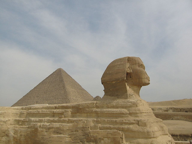Sphinx of Giza (2005-05-290) by Argenberg on Flickr cc